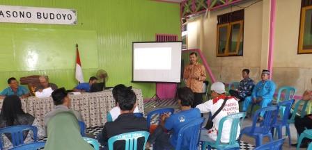 utusan dari tiga desa melakukan MAD yang difasilitasi Pendamping UBK ( Wahyudi. S.sos dan Sekdes Bhuana Jaya )